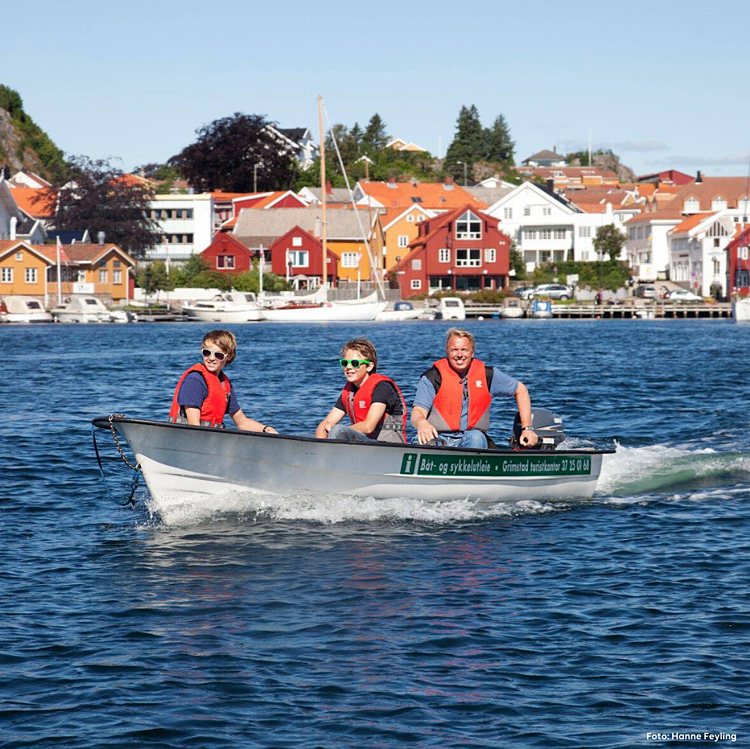 Lei båt og reis videre med bobil fra Ferda når du skulle ønske det