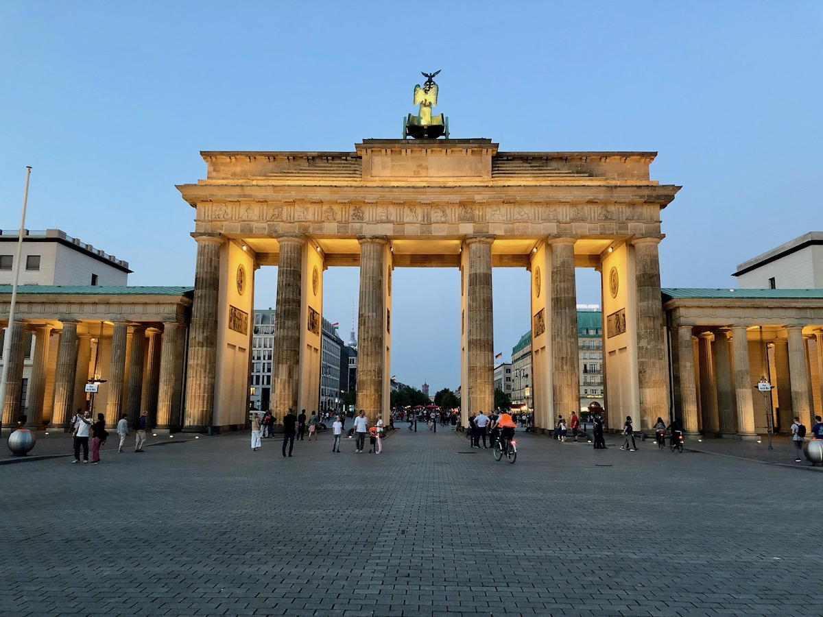 Berlin 44