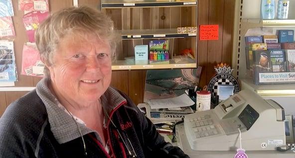 Ship & Anchor Marina drives av Helen Bryett