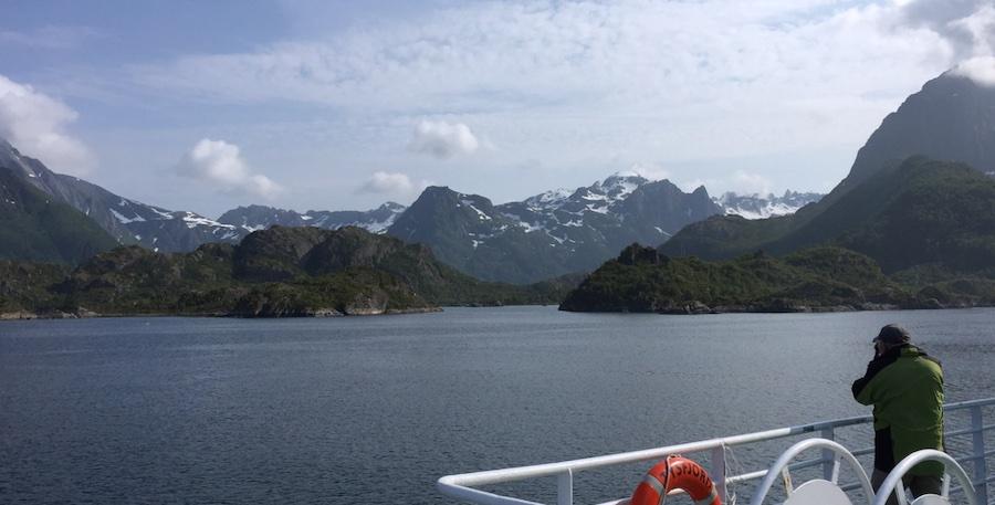 Farvel til Lofoten med sine dramatiske fjellformasjoner...