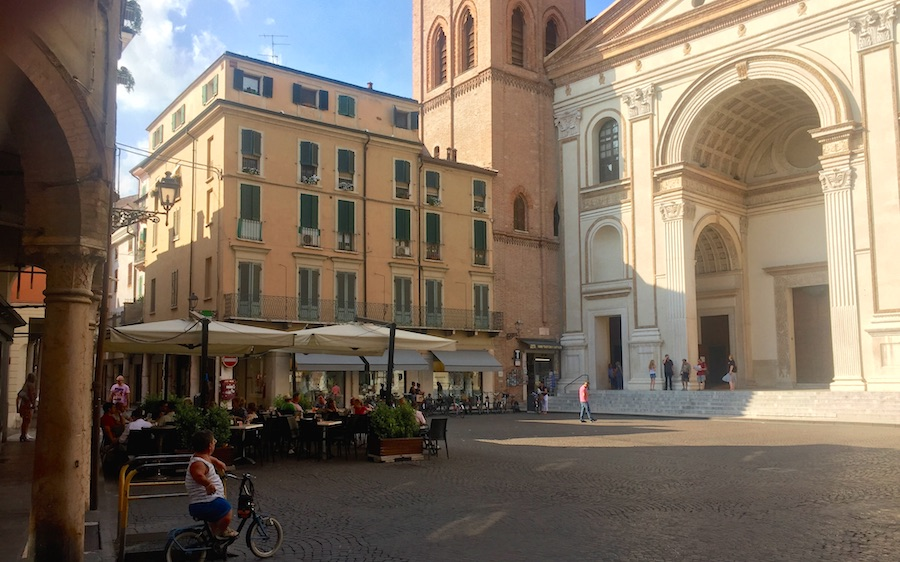 Lucca 10