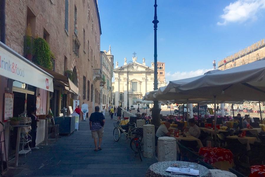 Lucca 11
