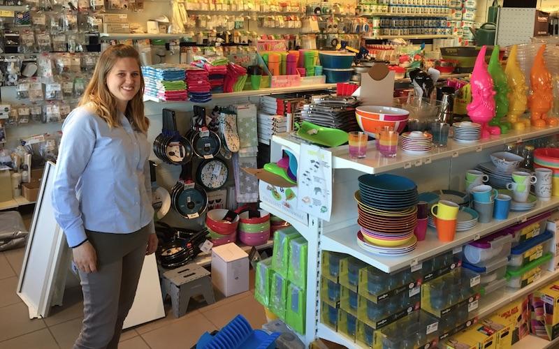 May-Linn i butikken