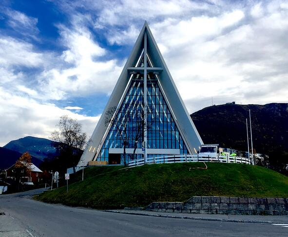 Narvik-Tromso 60.jpg