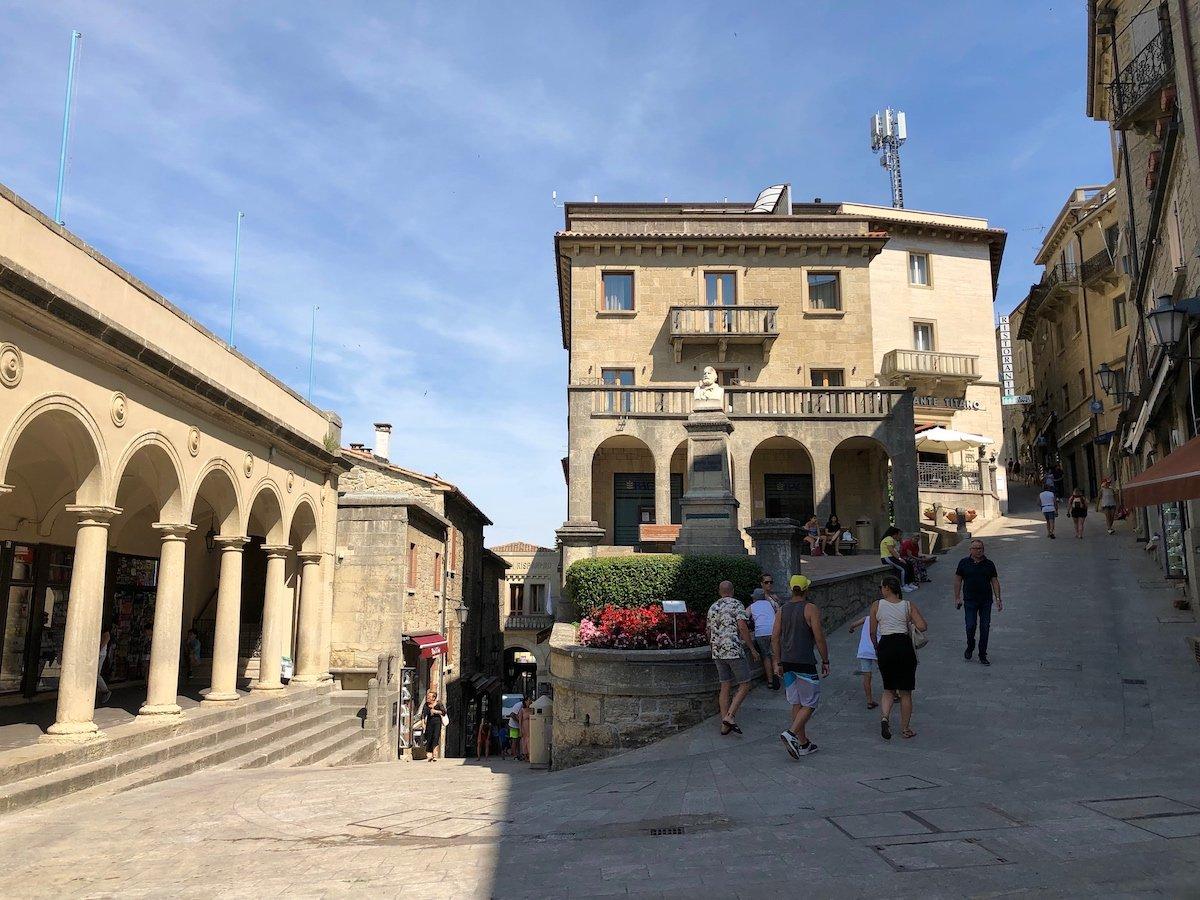 San Marino 15