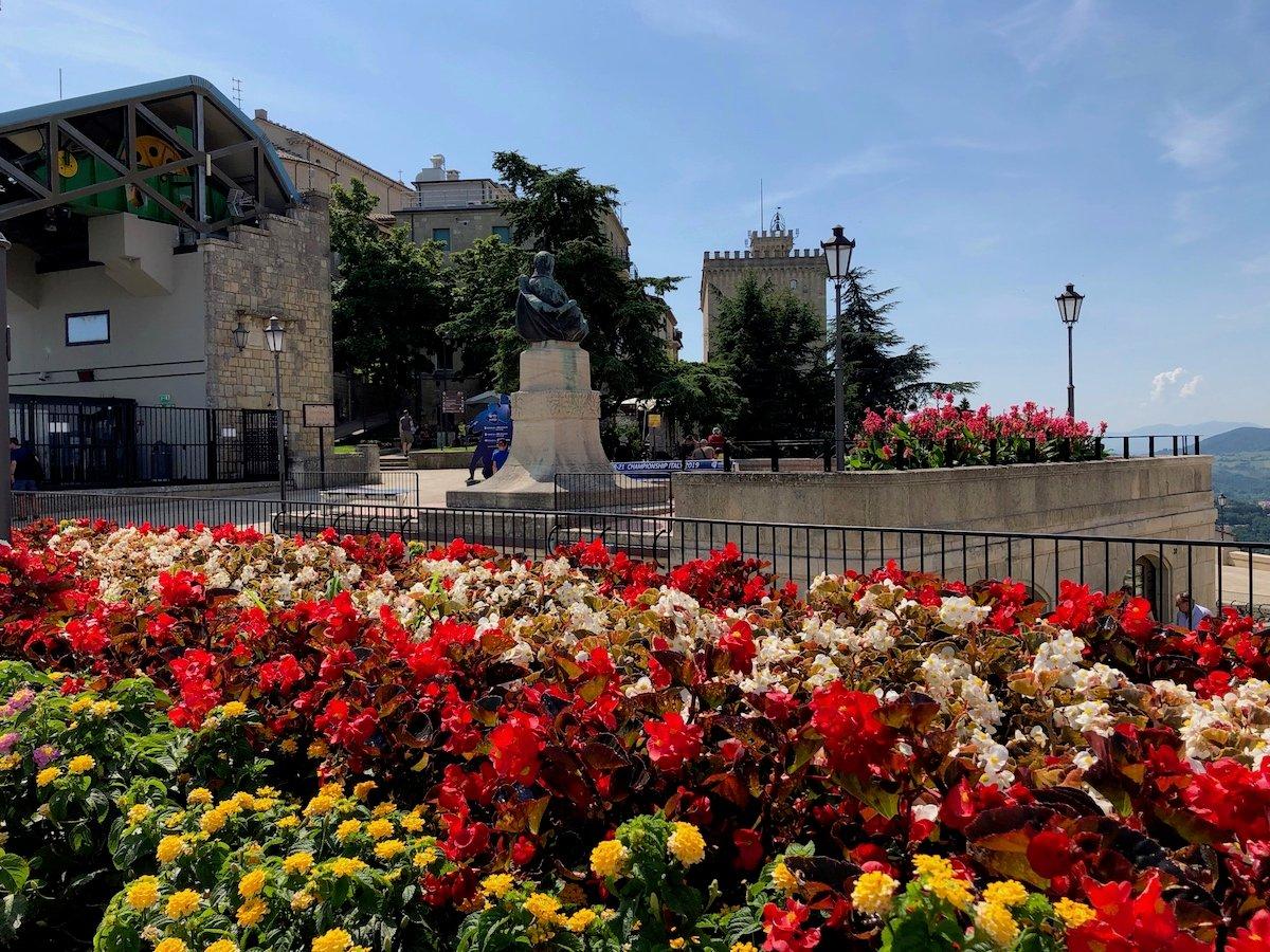 San Marino 23
