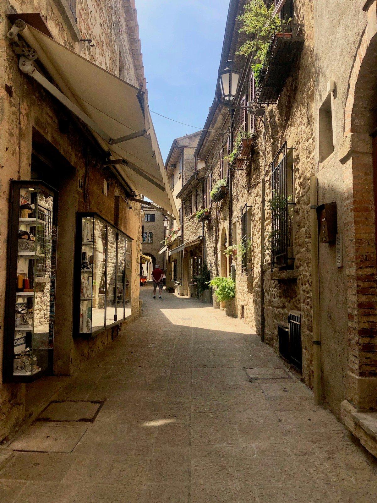 San Marino 25