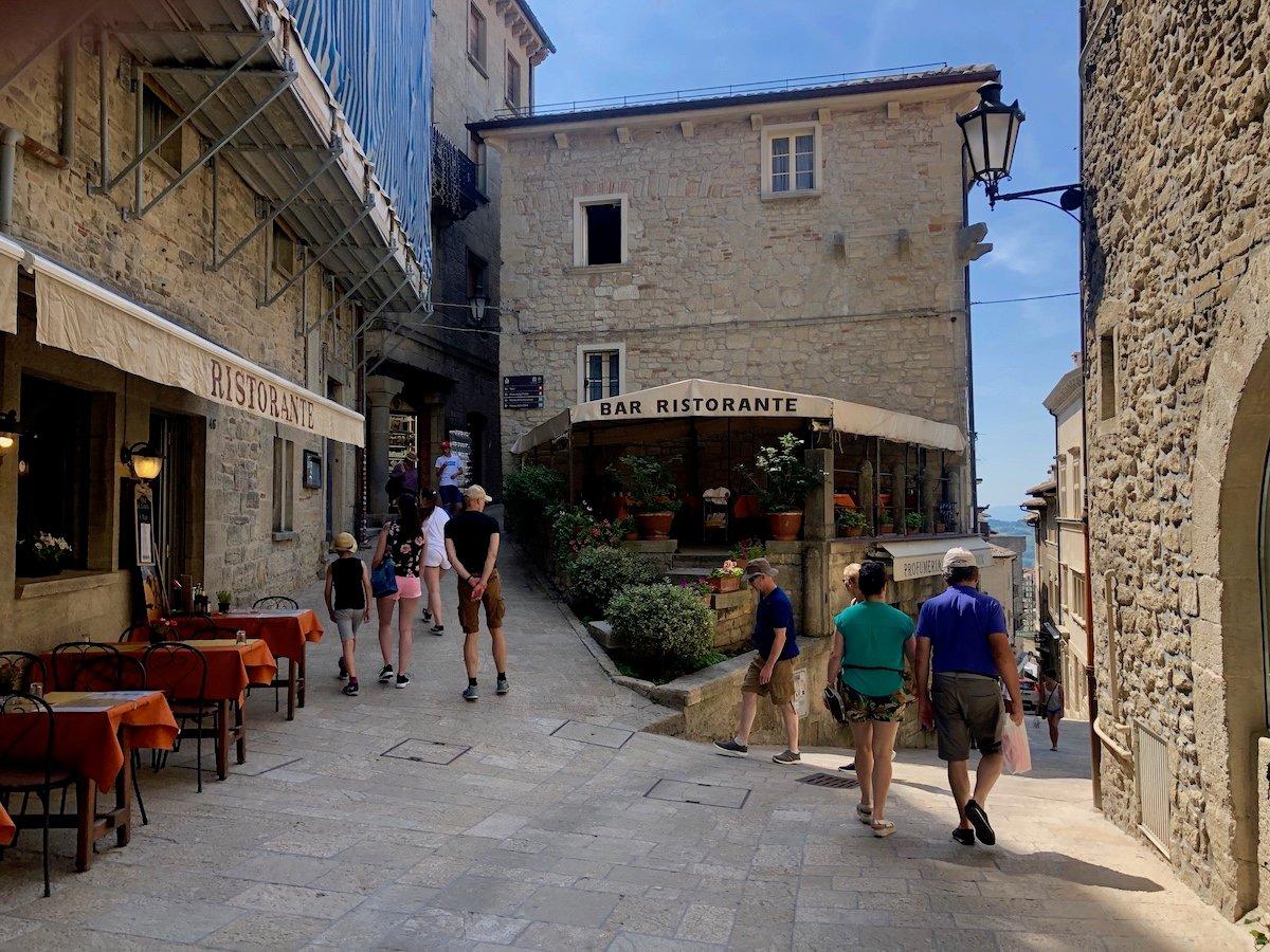San Marino 26