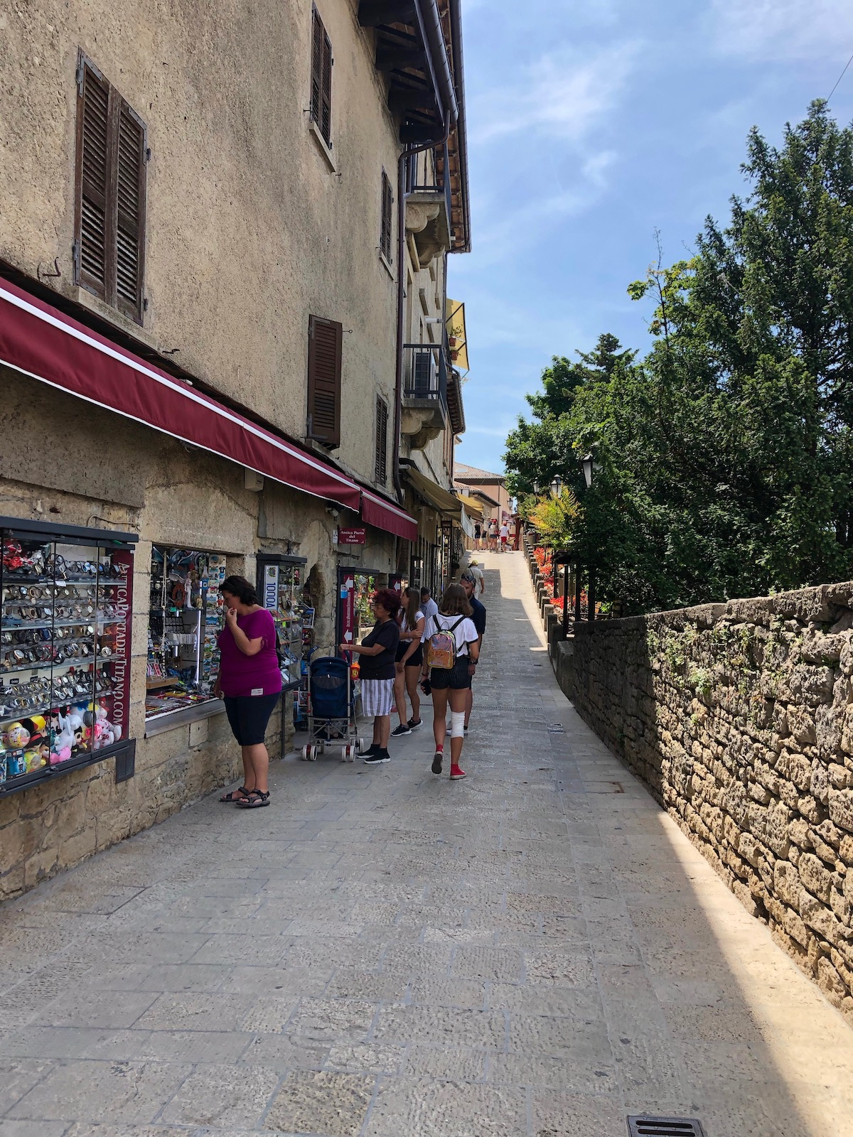 San Marino 34