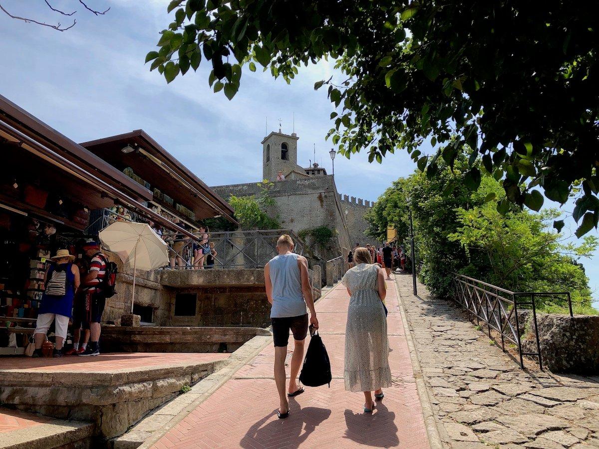 San Marino 37