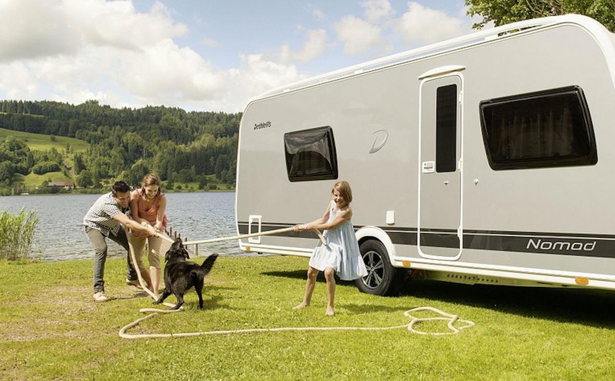 Slik gjør du klar campingvogna for våren og sommeren!